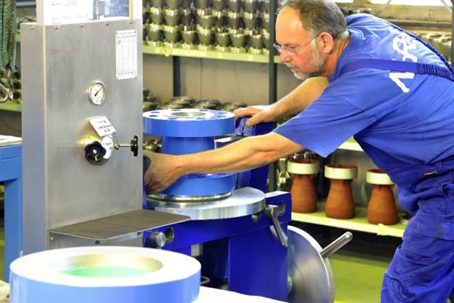 Industriefoto Mitarbeiterfoto Maschine Fotograf Lothar Drechsel Mönchengladbach