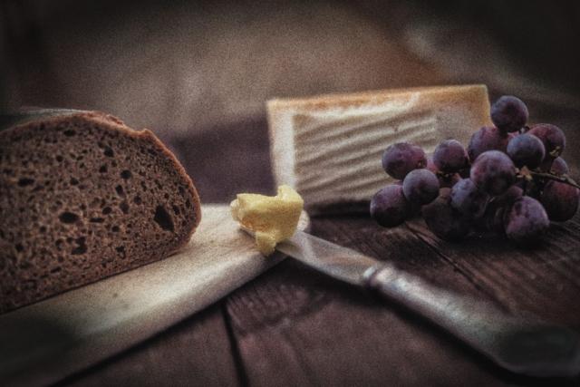 Foodfotografie Still Tabletop Brot Butter Käse Fotograf Lothar Drechsel Mönchengladbach